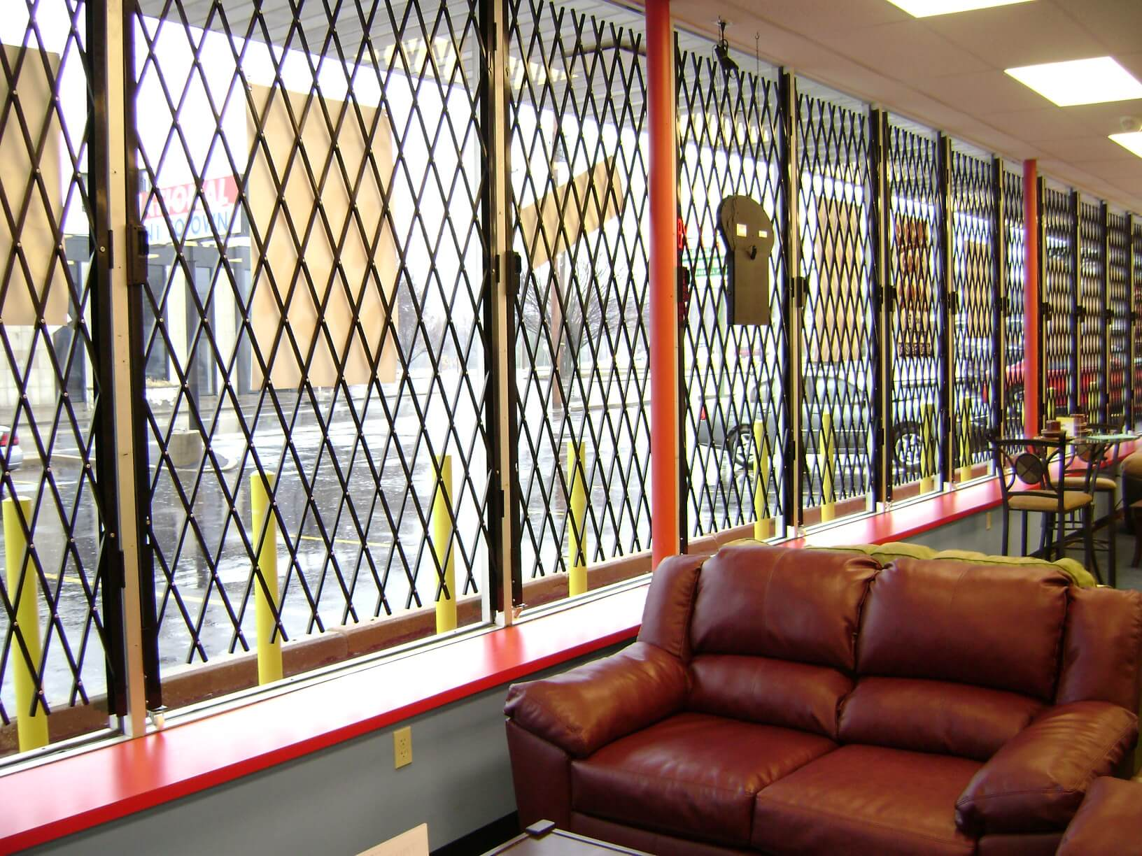 Commercial Doors S04 Concertina Safety Screen System